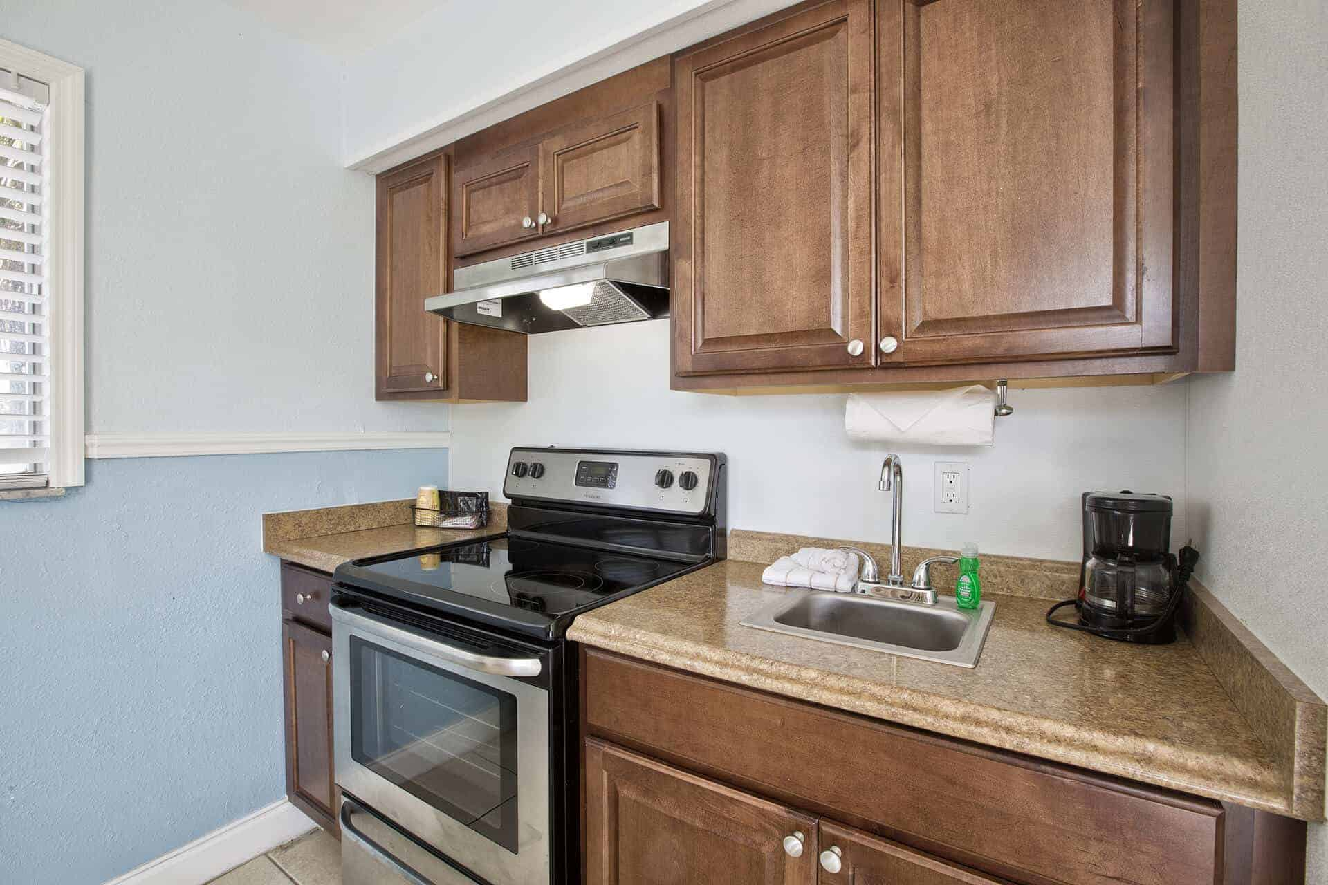 Beachfront One Bedroom Suite with kitchen and ocean views Fort Myers Beach accommodations