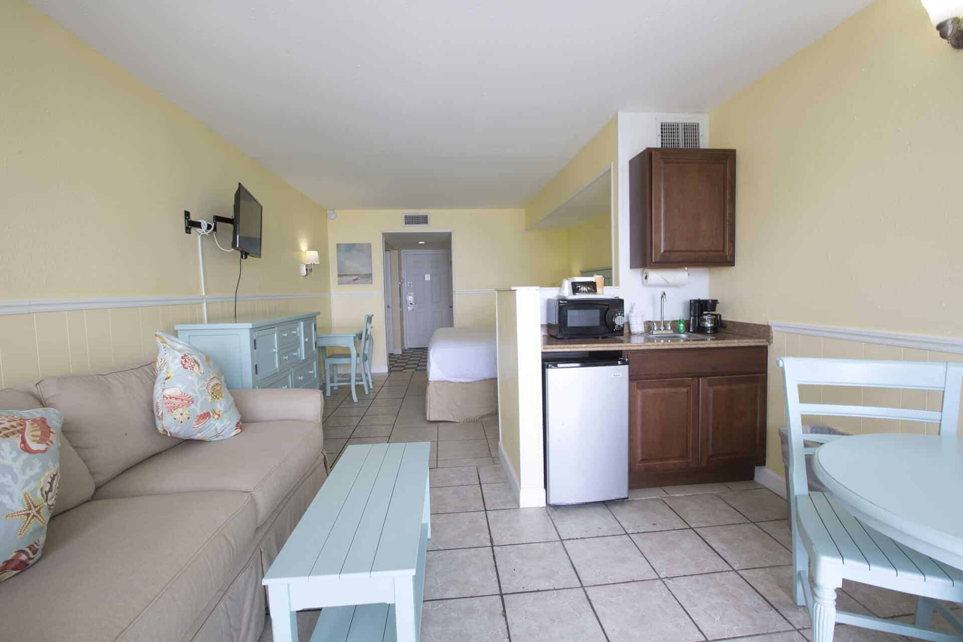 Beachfront Studio Room on Fort Myers Beach with kitchenette