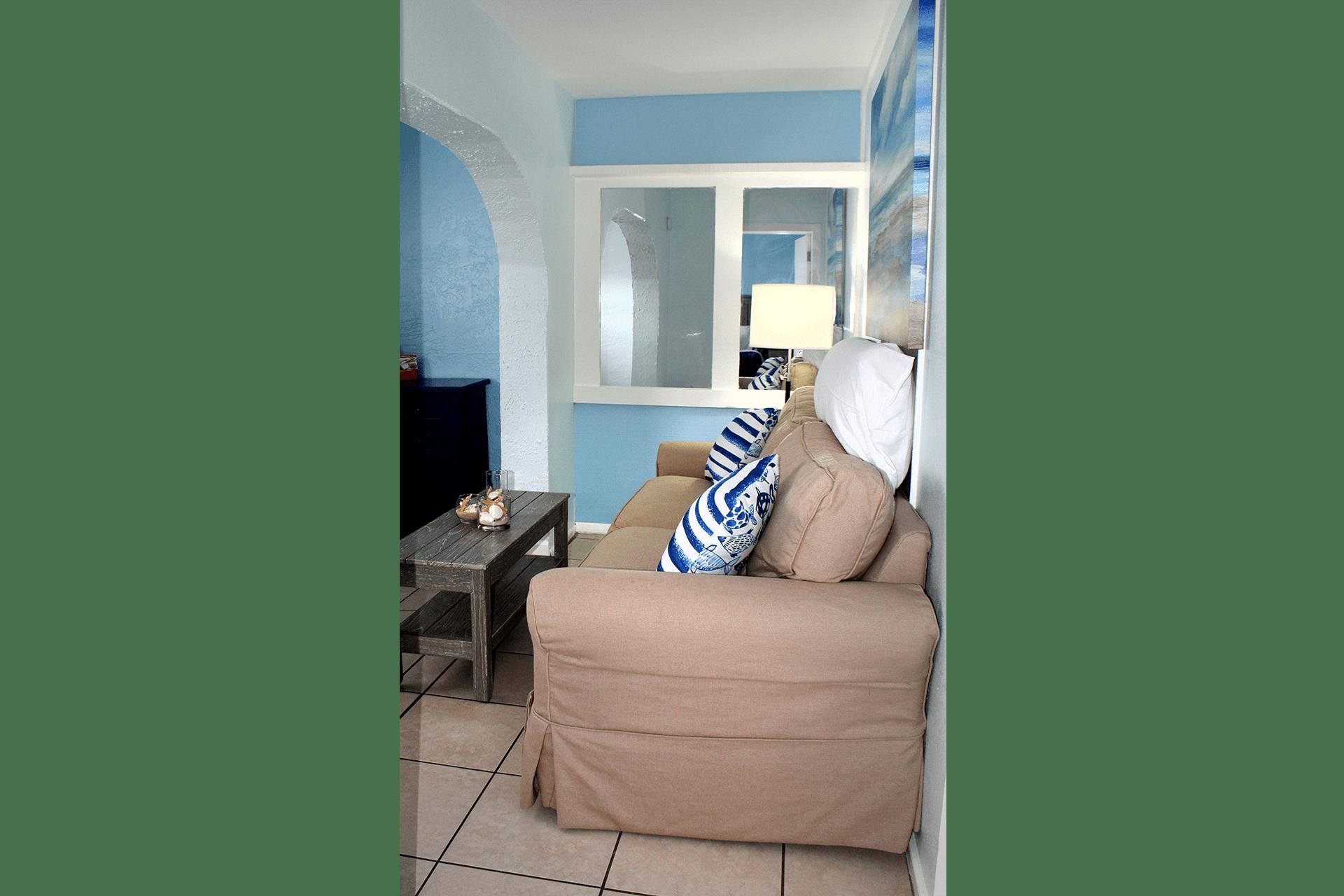 Fort Myers Beach Hotel Standard Living Room 4