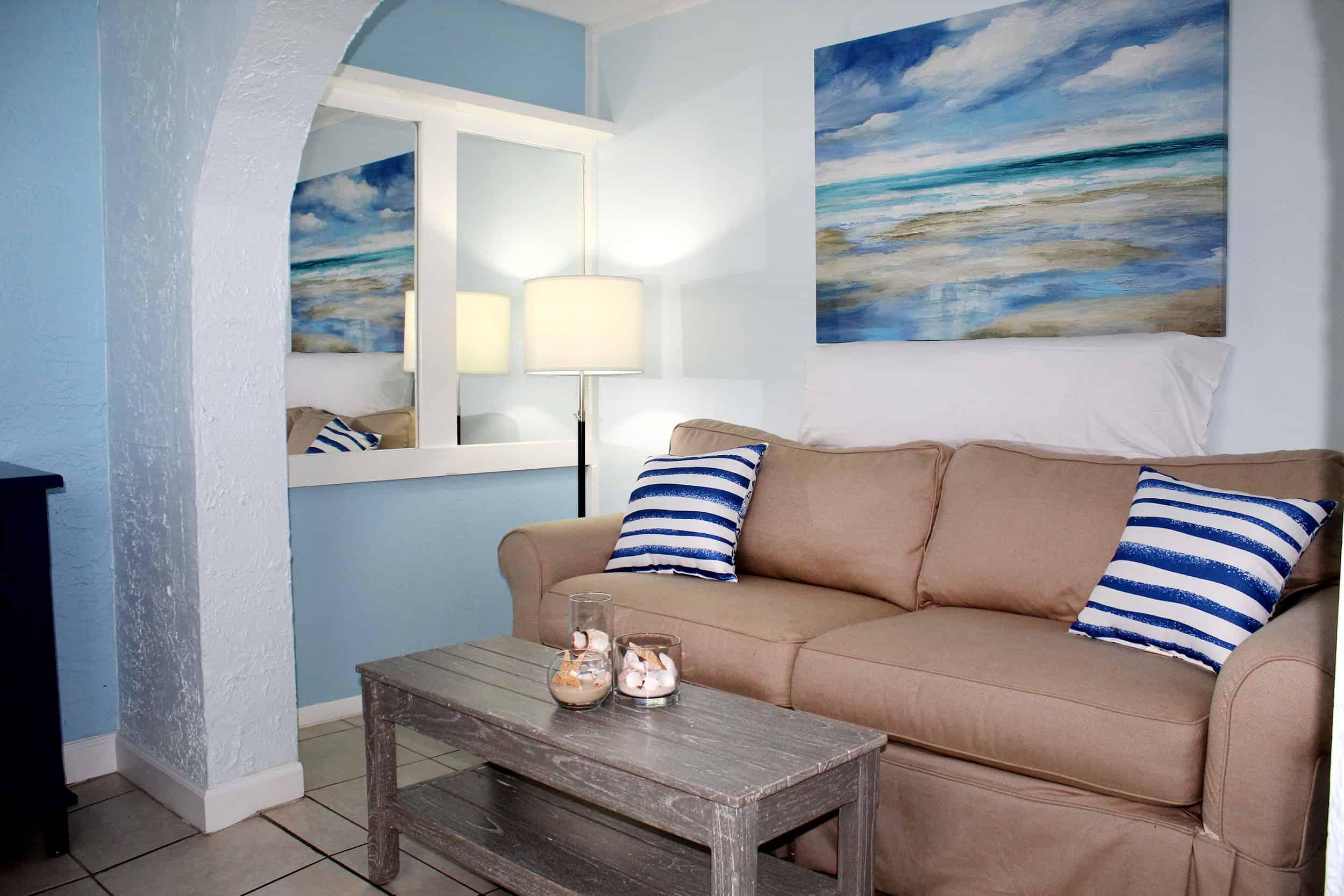 Fort Myers Beach Hotel Standard Living Room 3