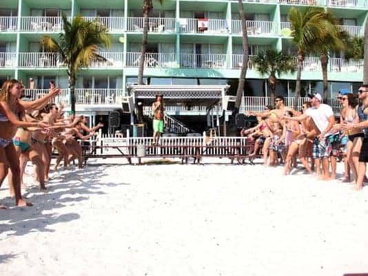 Lani Kai Water balloon toss beach game | Fort Myers Beach