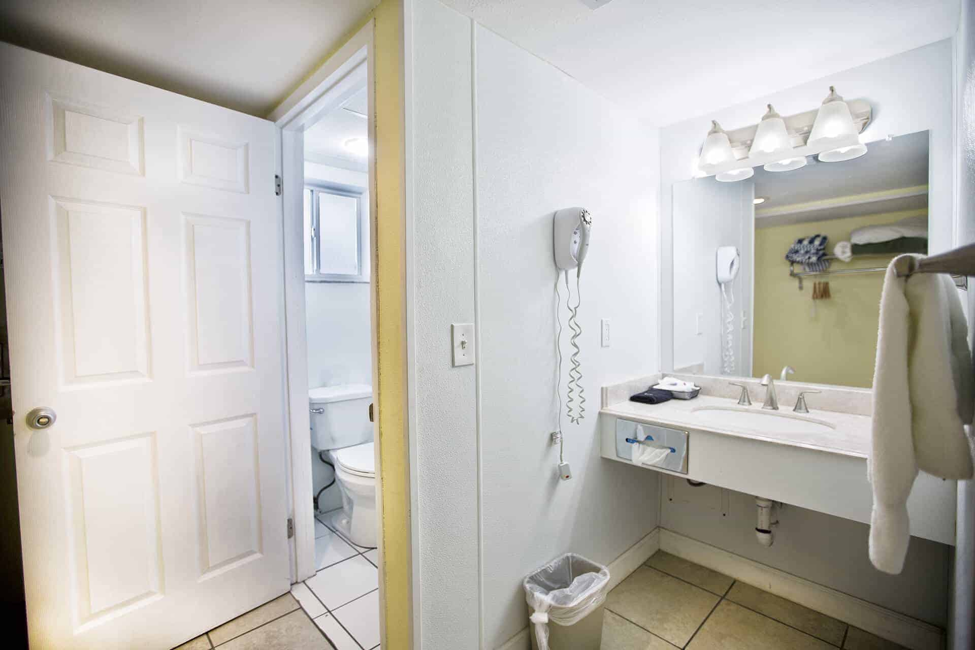 Studio Beachfront Room Bathroom | Rooms Available | Fort Myers Beach