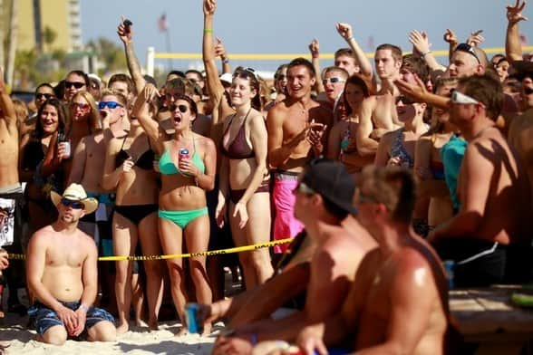 Lani Kai Spring Break | College Kids Watching Booty-shaking Competition | Fort Myers Beach