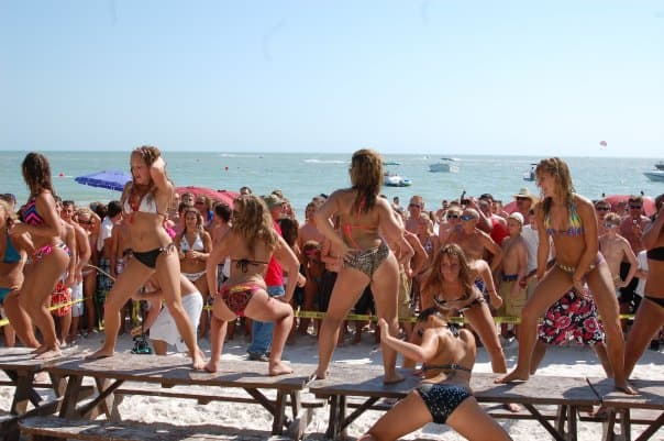 Lani Kai Spring Break | Girls in Booty-shaking Competition | Fort Myers Beach